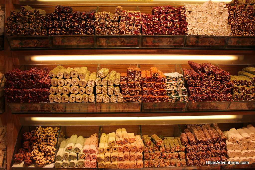 The whole wall was full of various flavors of Turkish Delight